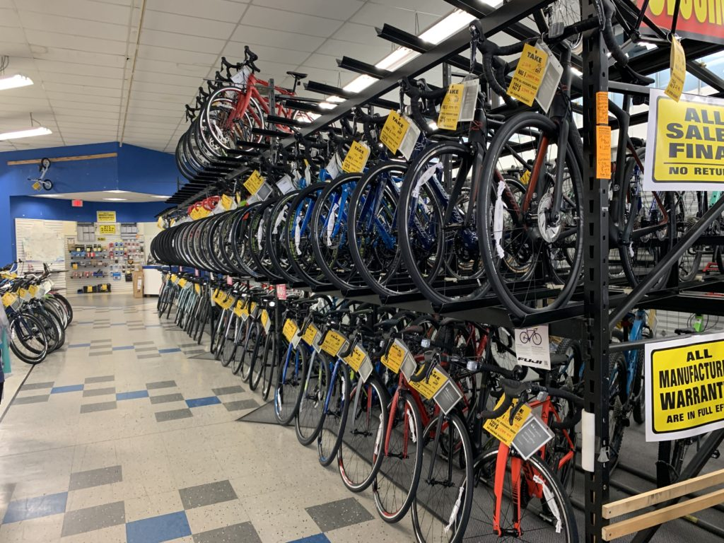 Performance Bicycle Shop in Tysons Closing, With Clearance